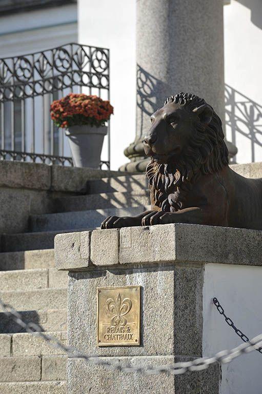 Schlosshotel Burg Schlitz. Hohen Demzin, Germany. #relaischateaux #luxuryhotel #hotel #germany #lion