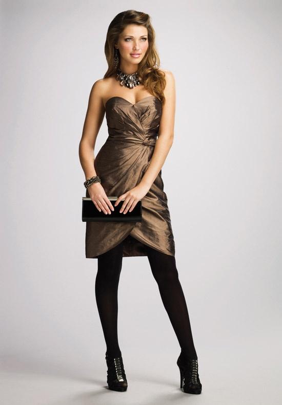 Leggings + maids dress + cute heels = love