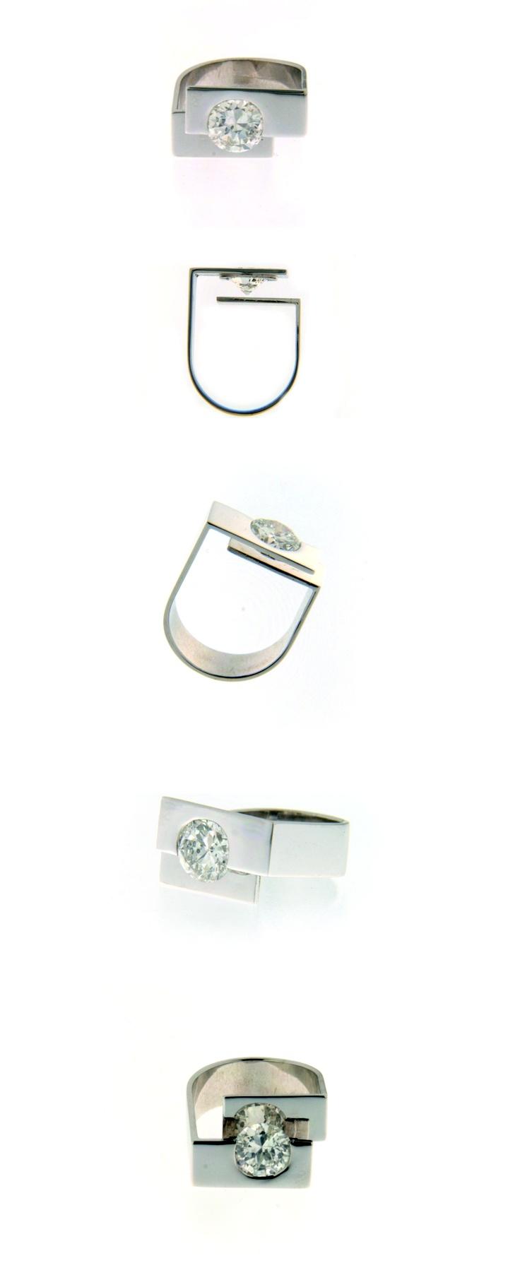 White gold and diamond ring. www.alegriab.com