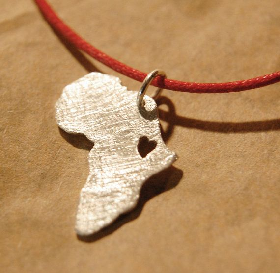 Africa necklace  African jewelry  Adoption by africandreamland, €22.00