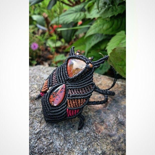 The beatle! #macrame #artesania #micromacrame #bracelet