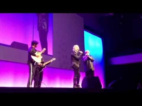 Cyndi Lauper and Charlie Musselwhite rock Inbound 2012