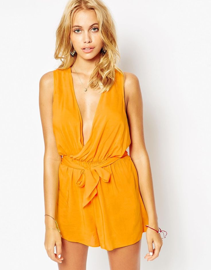 Love the twist back detail on this plunge beach playsuit http://asos.do/0d1nEv