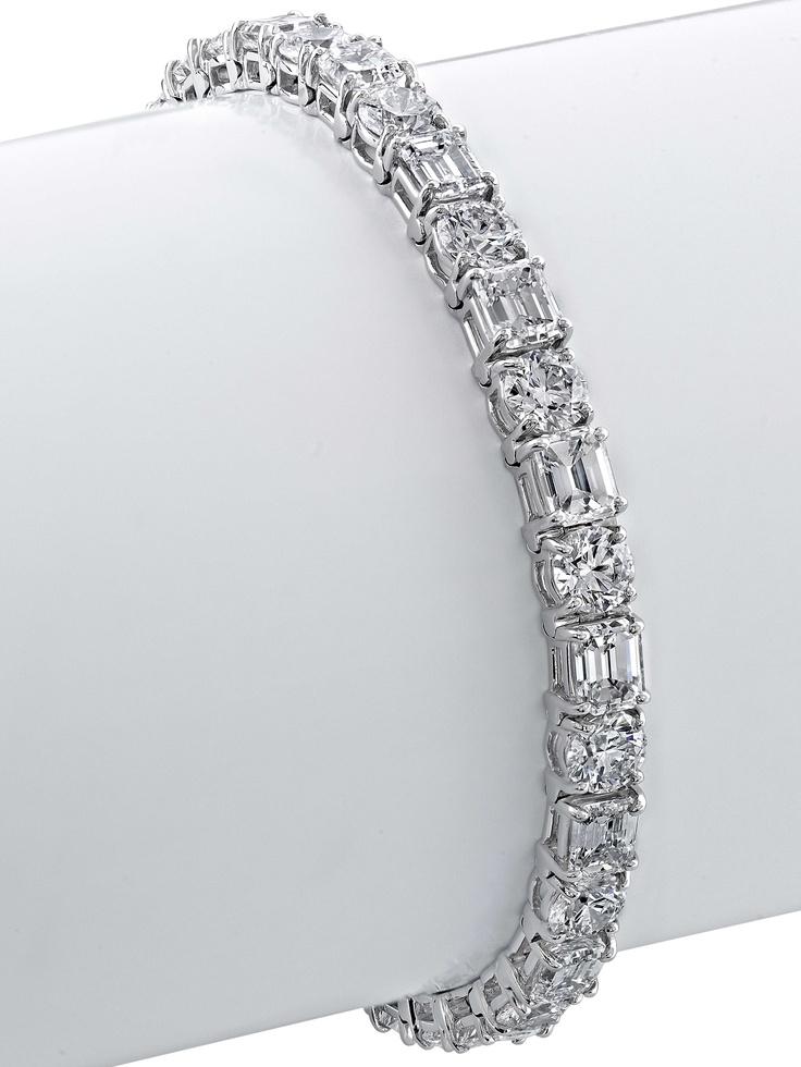Angara Princess Cut Emerald Diamond Tennis Bracelet in Yellow Gold PkdgqCM