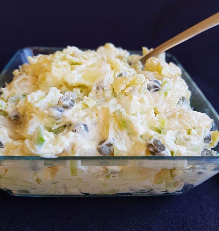 Snilleskök - Krämig potatissallad med purjolök och kapris.