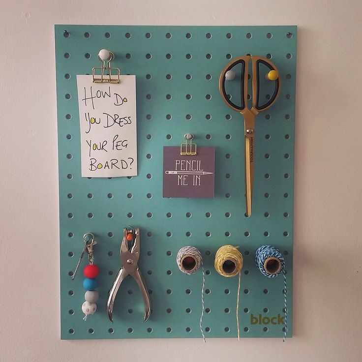 Deesigned and made in the UK we love this Peg Board from Block. It is a colour popping practical add to your life at home or work. It comes with wall fittings and 12 hand sprayed colourful pegs.Also available in Light Blue 30.5cm x 40.6 cm