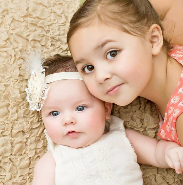 Ellie Kaye 3 Months With Big Sister Emma 1 2 Years Old