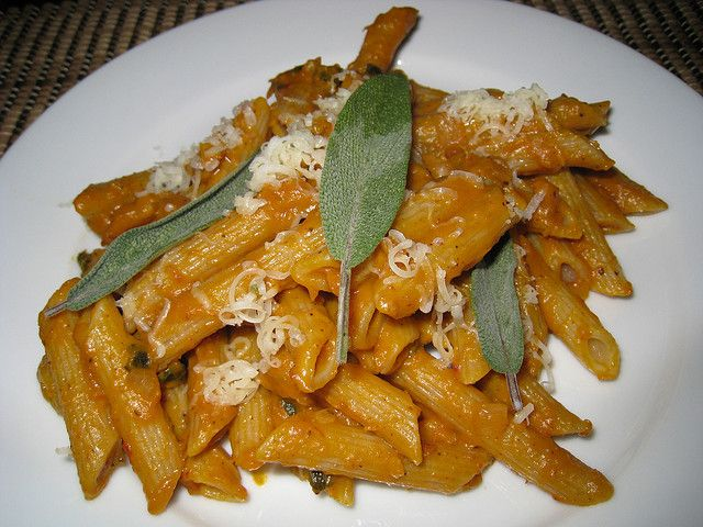 ... mushrooms in a gorgonzola sauce penne with white bean and tomato sauce