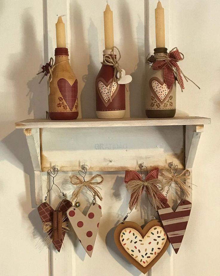 Oláaaaa meu povo lindoo, mais lindezas para se inspirar!! Beijinhos e uma ótima semana! #garrafas #natal #decoration #madeira #pinturacountry