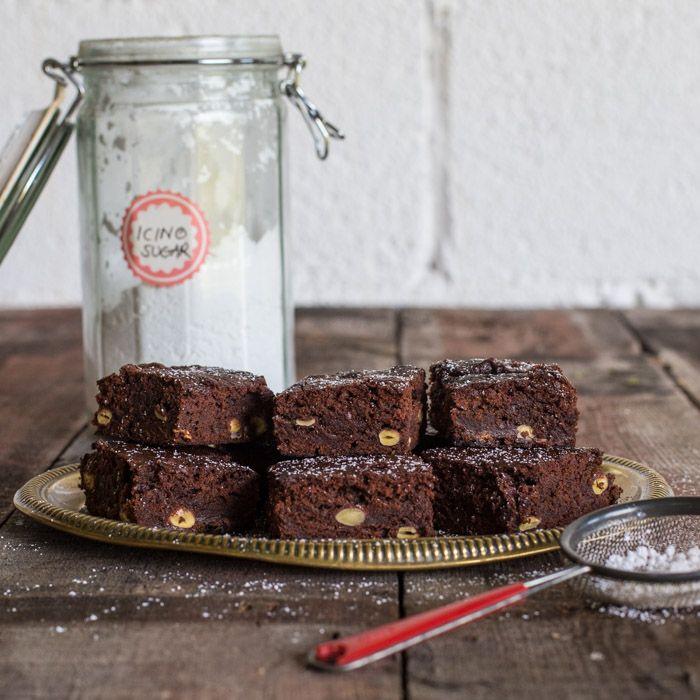 Brownie and blondie love! on Pinterest | Chocolate brownies, Brownies ...