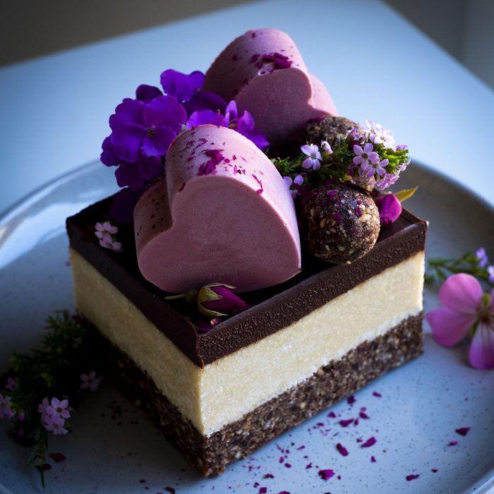 Raw Vegan Bounty Slice Live Love Eat Raw Raw Vegan Desserts Raw Vegan Cake Vegan Dessert Recipes