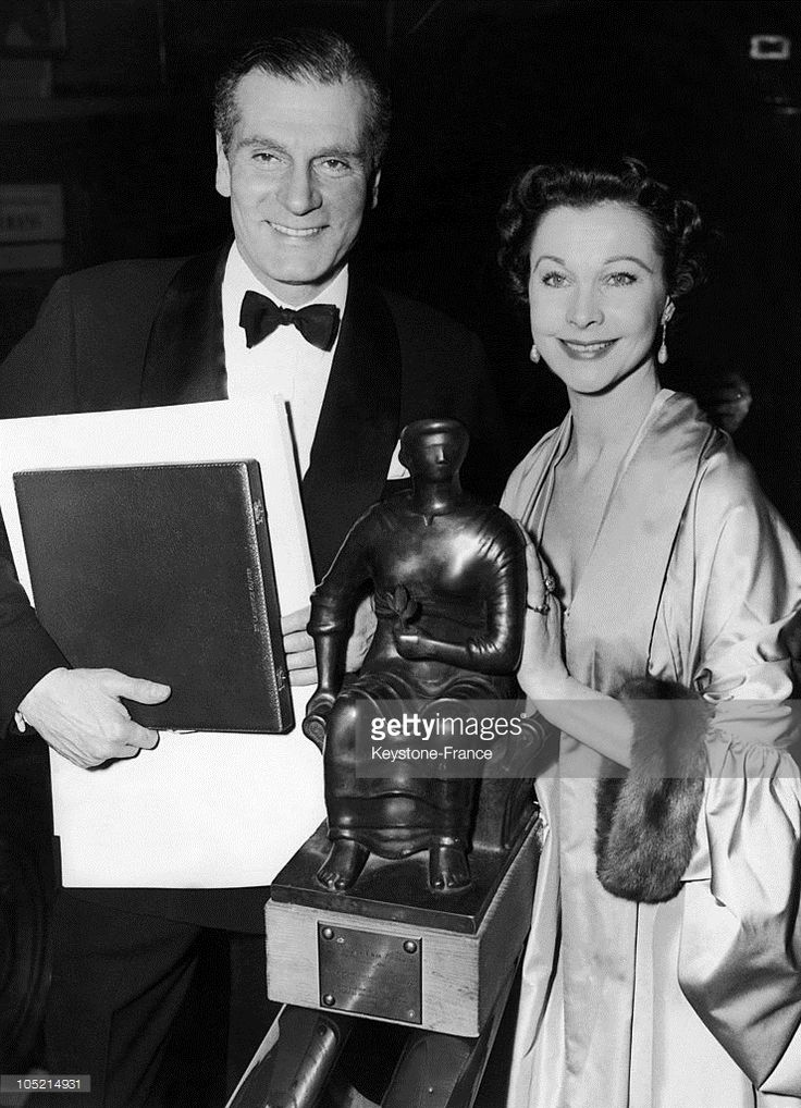 Laurence Olivier And Vivien Leigh. The Best Film Prize Of The British Film Academy Awards. 1St Of March 1956. London.