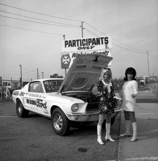 Photos Of Dick Brannan Mustang Drag Cars: 80 Best Images About Dragster Girls On Pinterest