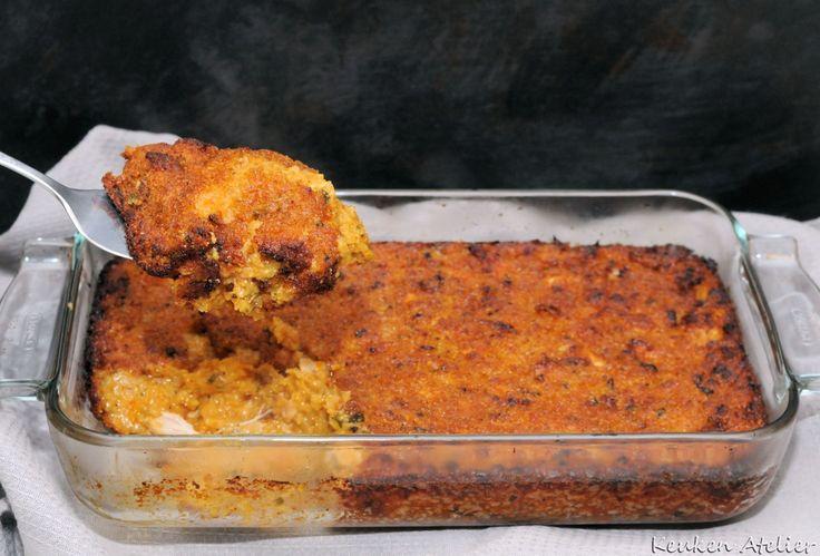 Surinaamse pom, één van de lekkerste Surinaamse gerechten. Gemaakt van gestoofde kip en pomtayer lekker langzaam gegaard in de oven. Njang swietie!!