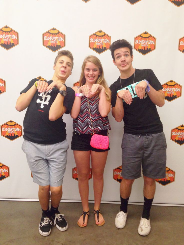 best meet and greet poses with carter