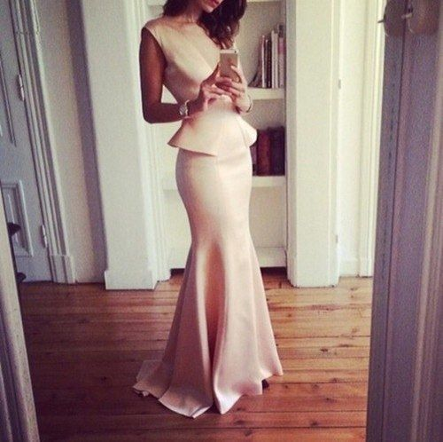 Can't tell if that's a wedding gown, but the thought of a bride takin a selfie in her wedding gown is pretty cool.. :)