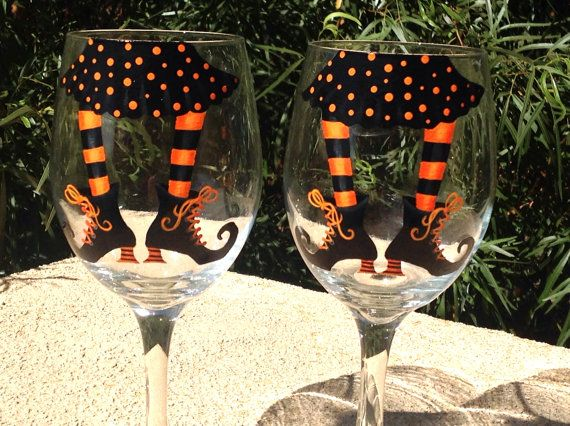 HALLOWEEN wine glasses. Orange & Black witches by BiancasGifts, $38.95