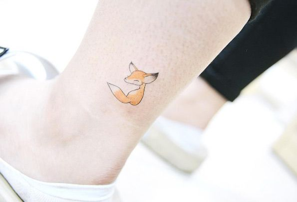 Fox on Ankle by Banul