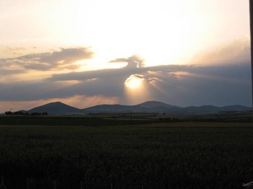 Sunrise, Ανατολη