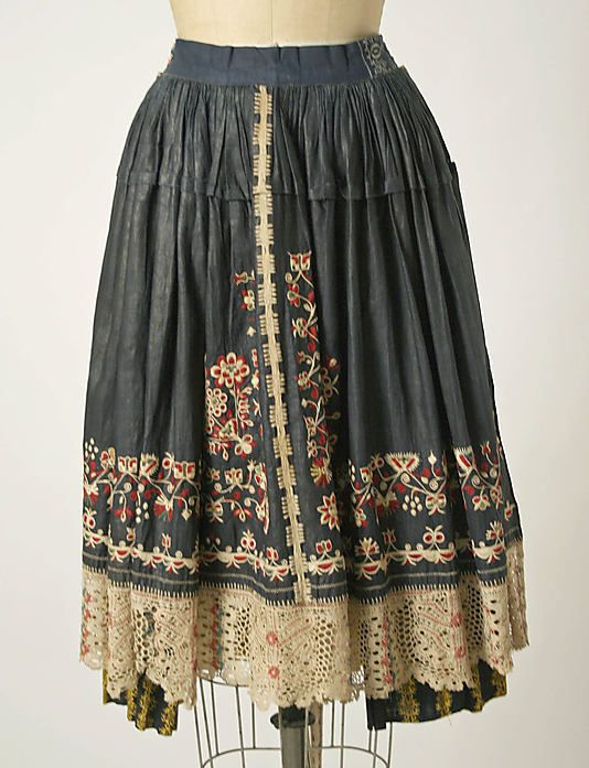 Czech ensemble 1800 -1939. Apron detail. Interesting embroidery on lace.