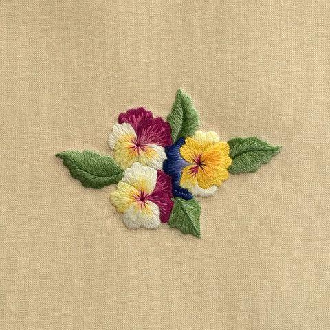 PansiesHand Towel – Henry Handwork