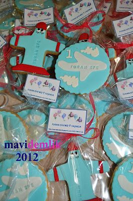 mavi demlik mutfağı- izmir butik pasta kurabiye cupcake tasarım- şeker hamurlu-kur: Turan Efe'nin Uçak  Kurabiyeleri