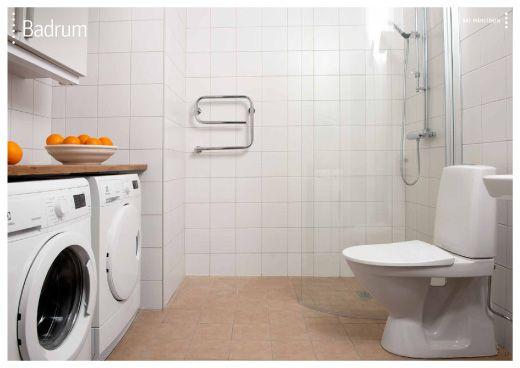 bänk ovanför tvättmaskin