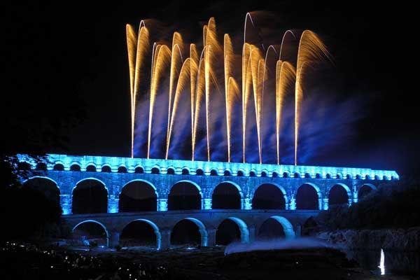 Le Groupe F revient embraser le Pont du Gard