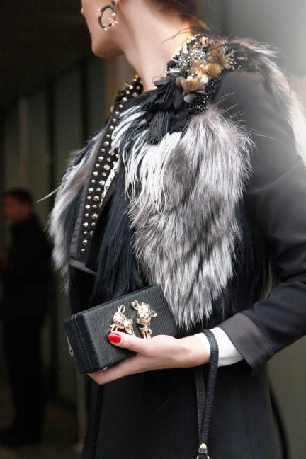 luxurious accents in Paris #streetstyle