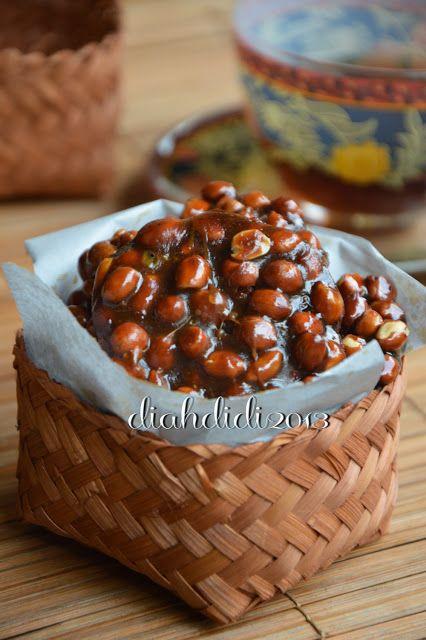 Diah Didi's Kitchen: Ampyang Kacang Jahe
