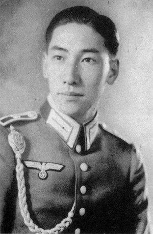 chiang_wei-kuo_nazi_1