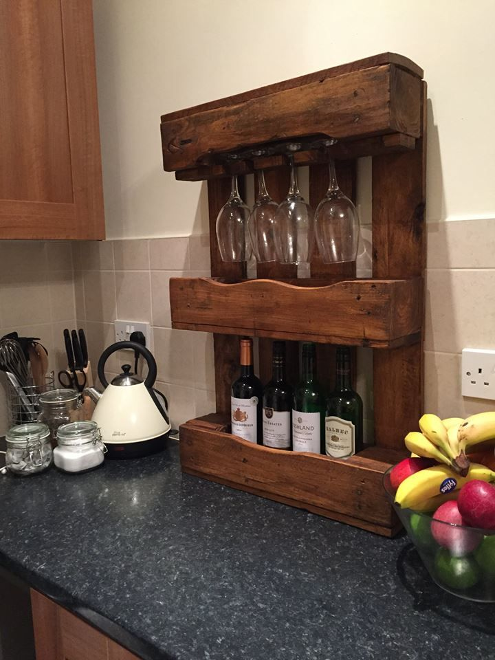 'Oak Aroma' - £60.00. Compact wine rack with Oak finish. Comfortably holding up to 4 bottles with glass storage. Suitable for small to regular size glasses (Large get a bit snug - we've tried) N.B. Wine not included. Contact Emma & Connor to arrange delivery: palletpossessions@gmail.com #palletfurniture #pallets #bournemouth #winenot #wine #winerack #diy #oak #palletwood #recycled #oakwood #upcycled #supportlocal #buyme