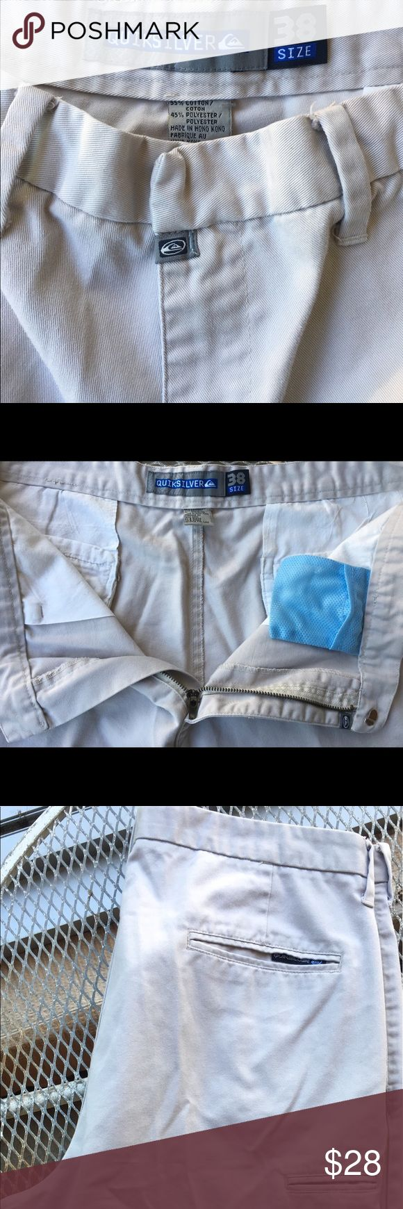 🇺🇸🎉Quiksilver Men's Khaki Shorts Great pair of Men's Quiksilver shorts. My husband was not happy that these did not fit him this year.  Minimal wash wear since only worn last season.  These will definitely be your favorite pair of shorts!  💰🛒BUNDLE AND SAVE!!  BUNDLE 3️⃣ OR MORE AND I WILL INCREASE YOUR SAVINGS DISCOUNT TO 25% OFF!!!💵📦 Quiksilver Shorts Flat Front