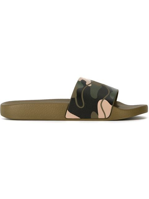 Shop Valentino Garavani Camo Slide in Browns from the world's best independent boutiques at farfetch.com. Shop 400 boutiques at one address.