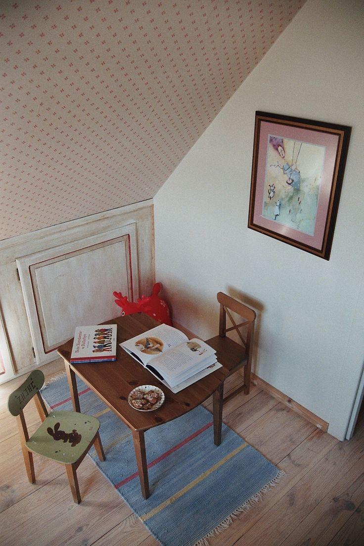 Joanna Paszko Ochotny Homestyling. Dom w stylu rustykalnym.  Pokój małej dziewczynki.
