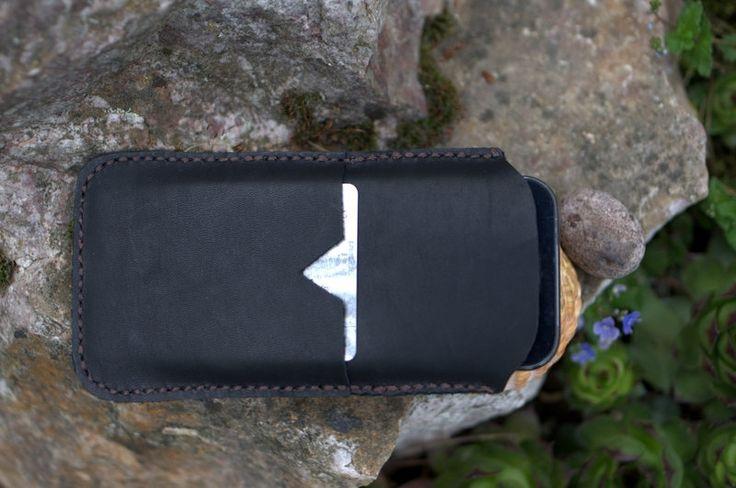 Handytaschen - Leder hüllen für iPhone 5S / 5C / 5 - ein Designerstück von CarmenLam bei DaWanda