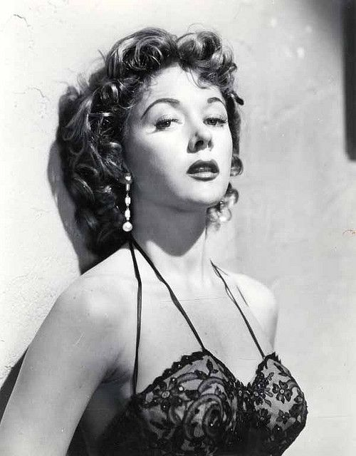 Gloria Grahame was a classic femme fatale of film noir - fabulously sexy woman.