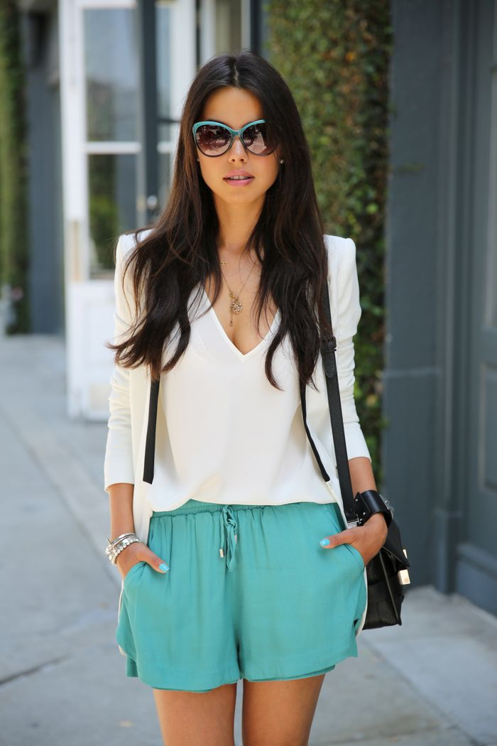 shorts, blouse, sunglasses, hair, this girl is bringing it! new blogger to love!