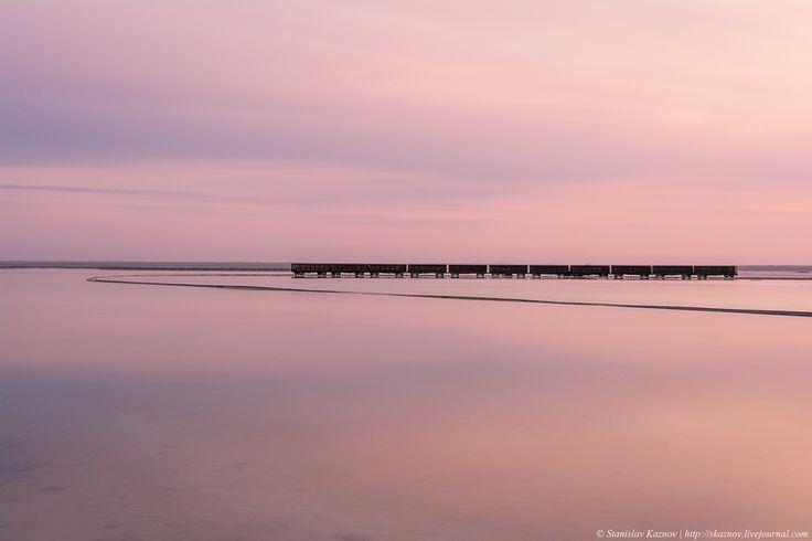 Блог - Баскунчак: соль, закаты и поезда, идущие по воде