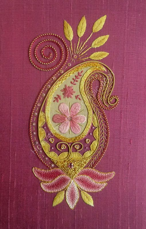 virtualpaperdolls:    Silk and Goldwork paisley, floral embroidery