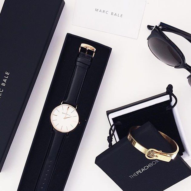 New arm party for that chic minimalist glam! Lovely shot of our Buckle Bangle…