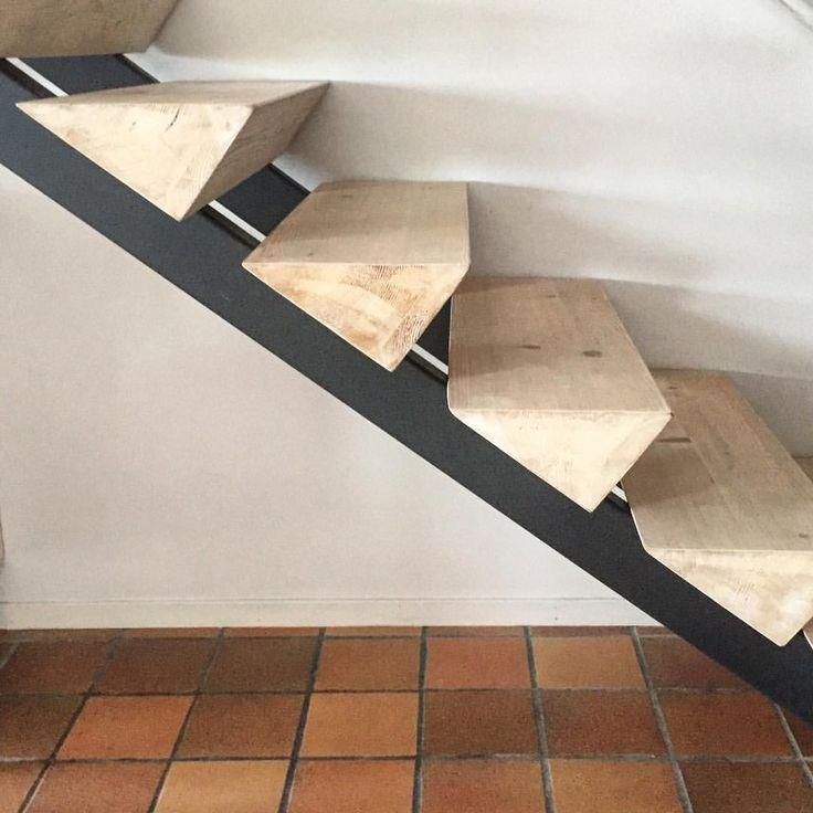 """Gefällt 358 Mal, 33 Kommentare - Elisa Helland-Hansen (@elisahellandhansen) auf Instagram: """"Our friends stairway."""""""