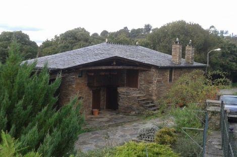 Lugo. Casa Rural en venta Concejo de Samos.