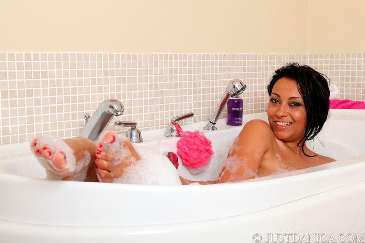 Danica In A Bubble Bath ♛danica Collins Alias Donna