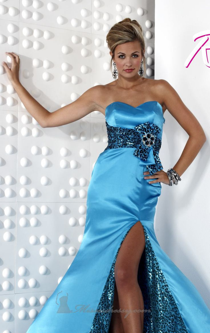 125 best Prom Dresses images on Pinterest | Dress prom, Prom ...