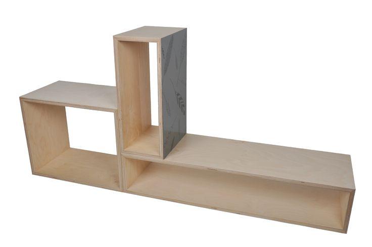 Kubus-kast. Zelf je eigen kast 'bouwen'. Super handig voor in de gang (voor schoenen en om op te zitten) of voor in de woonkamer voor boeken of accessoires. Voor meer info, kijk op studiompeet.nl