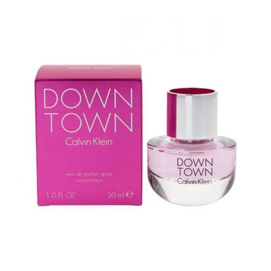 Calvin Klein Downtown eau de parfum 30 ml. Calvin Klein parfum Downton voor dames. Inhoud: 30 ml. Downtown heeft een basis van cederhout met vleugjes wierook en muskus welke een zelfverzekerde en sensuele attitude achterlaten.
