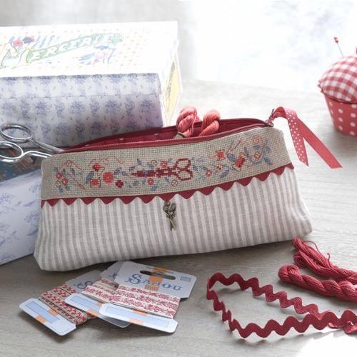 Bolsita para accesorios de costura en gris y rojo, bonita