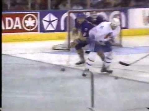 Les Nordiques de Québec comptent 3 buts en 45 secondes.