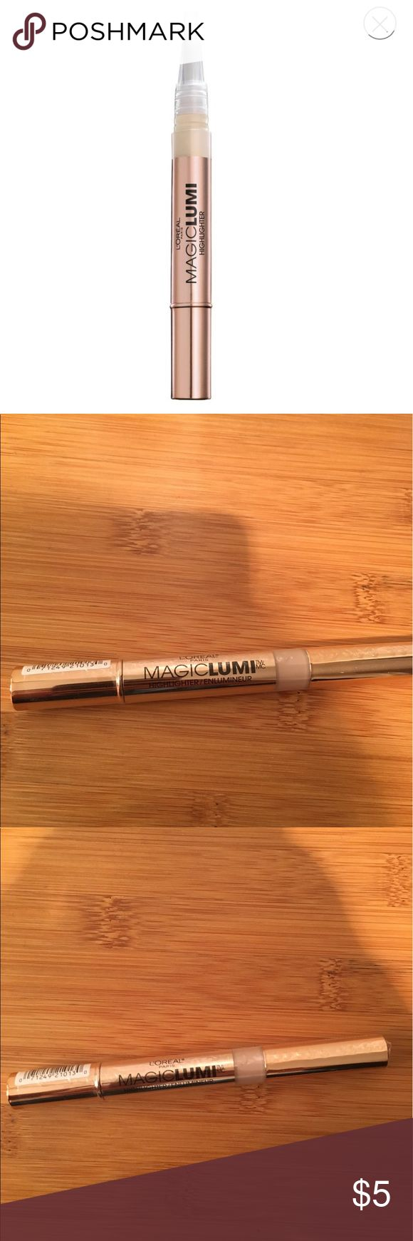 L'OREAL MAGICLUMI HIGHLIGHTER Highlight, enhance, conceal and define using Magic Lumi Highlighter. This unique liquid light formula highlights your complexion and boosts radiance for a subtle glow. Reduce dark spots or shadows with this light infused concealer. Add to the cheekbones and brow line to highlight and define key features. Use with True Match Lumi Foundation, Magic Lumi Primer and True Match Lumi Illuminators for an added boost of luminosity. L'Oreal Makeup